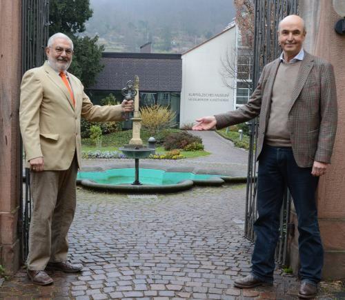 Dezernent Wolfgang Erichson und Museumsdirektor Frieder Hepp freuen sich auf die Museumsöffnung. (Foto: KMH)